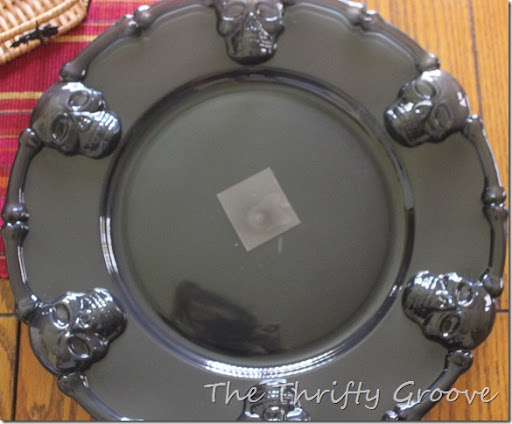 ... along with the princess and thought a Halloween craft was in order to occupy the kids. While there I saw these fun black plastic skull charger plates. & The Thrifty Groove: Thrifty Things Friday #80