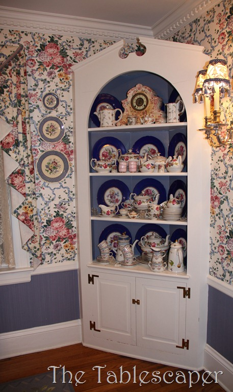 Copy of corner cabinet 003