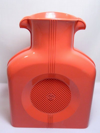 salmon pink Shel Glo double spout pitcher with stopper