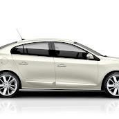 2013-Renault-Fluence-3.jpg
