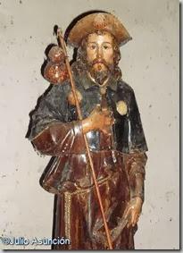 Estatua de Santiago en la ermita de Arteta