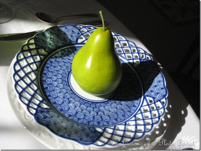 CONFESSIONS OF A PLATE ADDICT My Favorite Spring Tablescape in Blue and White