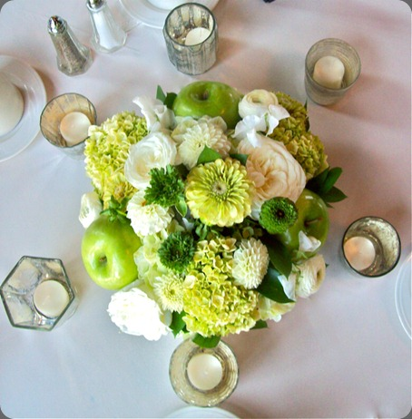 101_0124 sweet pea floral design