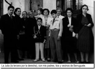 14 La Julia (la tercera por la derecha), con mis padres, tios y vecinos de Berruguete