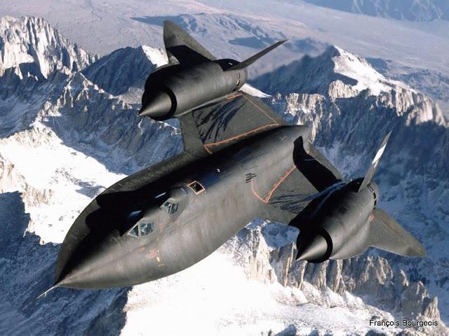 http://lh5.ggpht.com/-5-c33wQDjhA/TdFB2RE66jI/AAAAAAAAAaQ/euVO9U0AlQY/s640/Lockheed-SR-71-Blackbird-1-JLTBWRPU36-1024x768.jpg