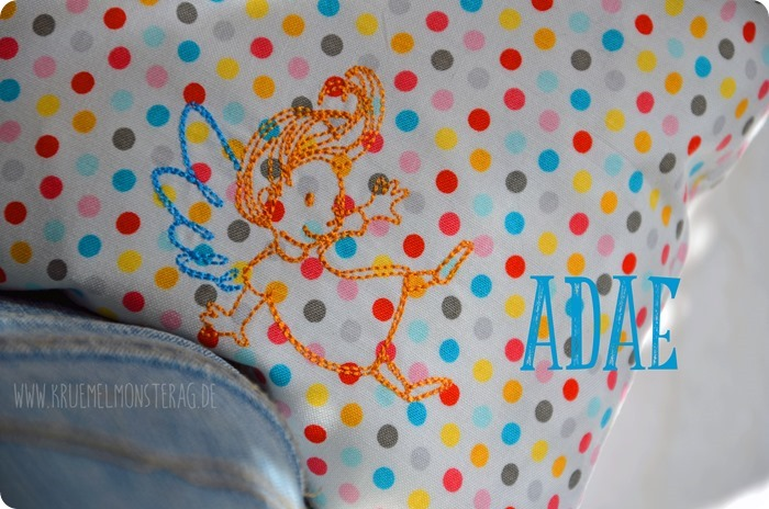 Tröstekissen (04) Embroidery FliegEngelFlieg by AnjaRieger