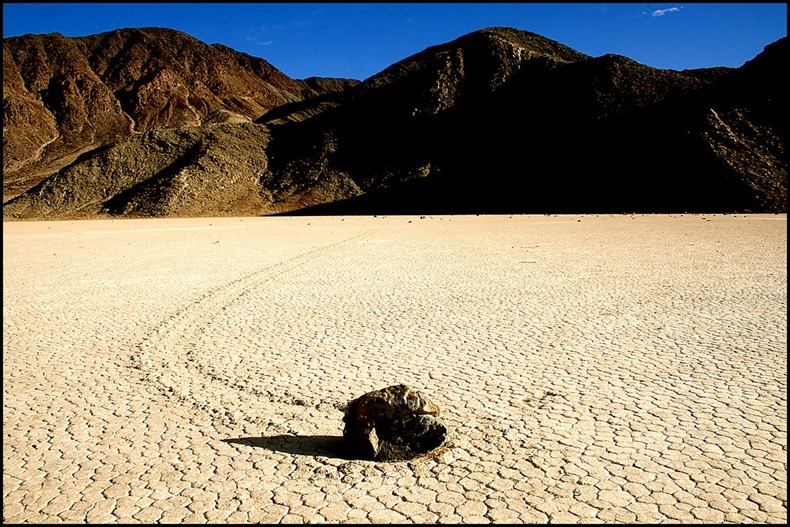 sailing-stones-death-valley-8