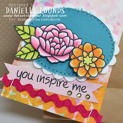 GessoAndSplatTag_WithFlowers_Closeup1_DanielleLounds