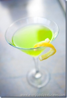 martini-chartreuse-with-lemon-twist