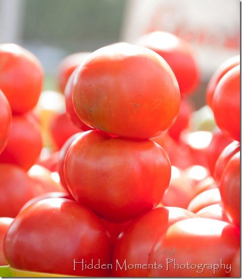 Farmers Mrkt tomato tower