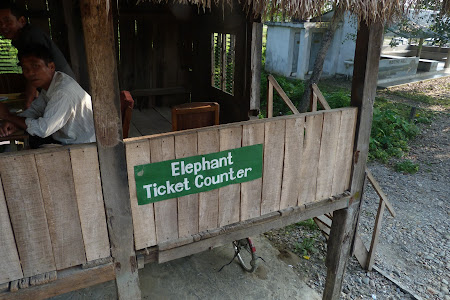 Imagini Nepal: Elephant ticket office