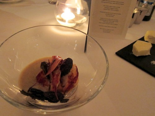 "Pumpkin royal-style, blue lobster cooked ""á la nacre"", wild mushrooms emulsion, black truffle from Périgord"