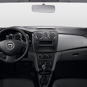 2014-Dacia-Logan-MCV-19.jpg