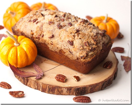 Maple-Pecan-Streusel-Pumpkin-Bread