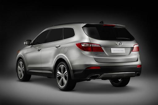 2013-Hyundai-Santa-Fe-03.jpg