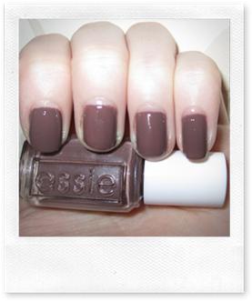 essie-hotchocolate