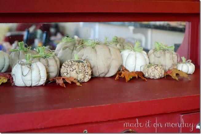 Super Simple Fabric Pumpkins Tutorial
