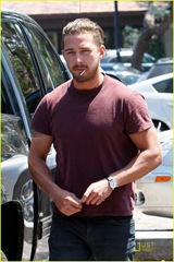 shia-labeouf-lollipop-02