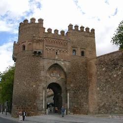 112 Puerta Sol Toledo.jpg