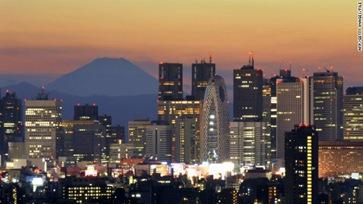 120124082037-tokyo-skyline-story-top