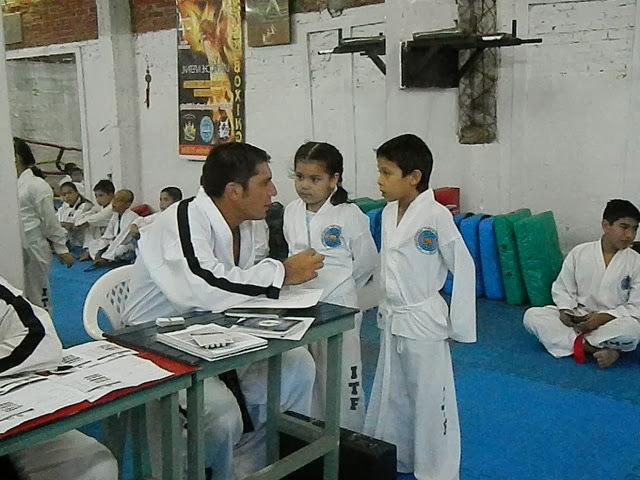 Examen Dic 2012 -152.jpg