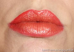 SEPHORA PANTONE  UNIVERSE Fire & Earth Lip Ombre _Grenadine With Cornsilk on Top