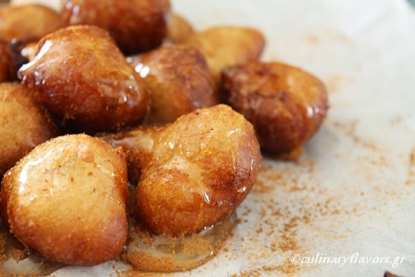 Loukoumades greek doughnuts basically they are simple dough balls made with flour dry yeast water and starch served warm with honey and cinnamon or syrup and cinnamon very easy to forumfinder Image collections