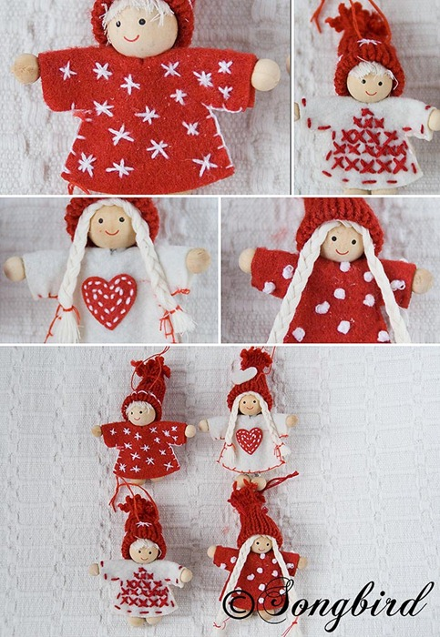 Red Christmas Puppets Ornaments 2