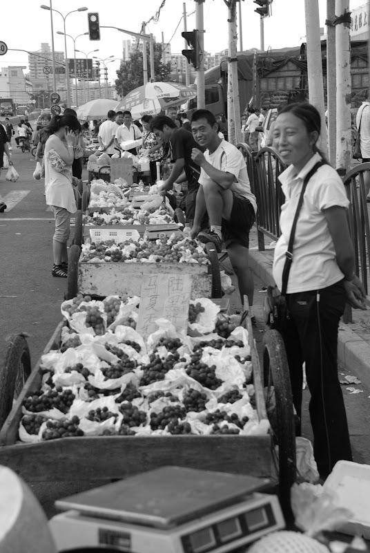 Shanghai - Marché poisson - Les étals dans la rue