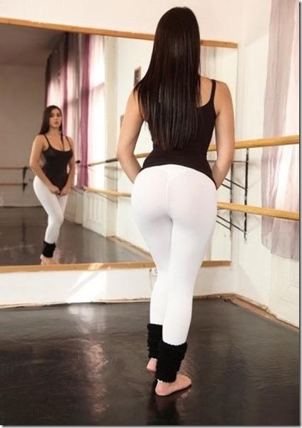 yoga-pants-pics-26