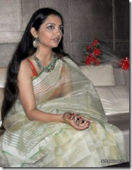 June Malia Hot http://www.actresslover.in/2013/07/bengali-actress-june-malia-hot-picture.html?m=0