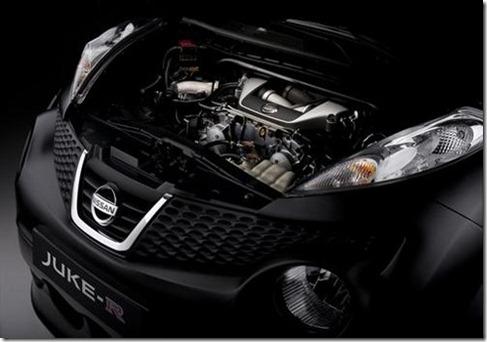 Nissan-Juke-R-8