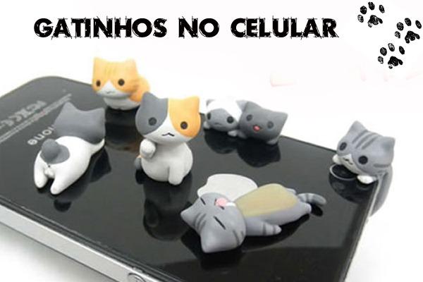 Plug-Enfeite-Celular-6-Gatinhos-