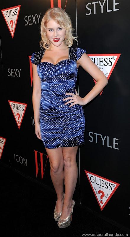 renee-olstead-linda-sexy-sensual-photoshoot-loira-boobs-desbaratinando-sexta-proibida (141)