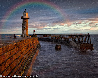 whitby-lighthouse-seascape