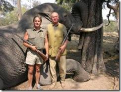 D.Juan caçado a matar elefante.Abr.2012