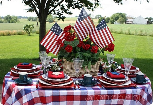 patriotic table 2