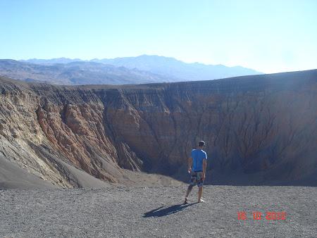 Death Valley California: Aici a cazut bomba