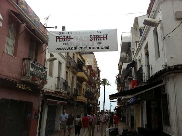 El carrer del Pecat de Sitges