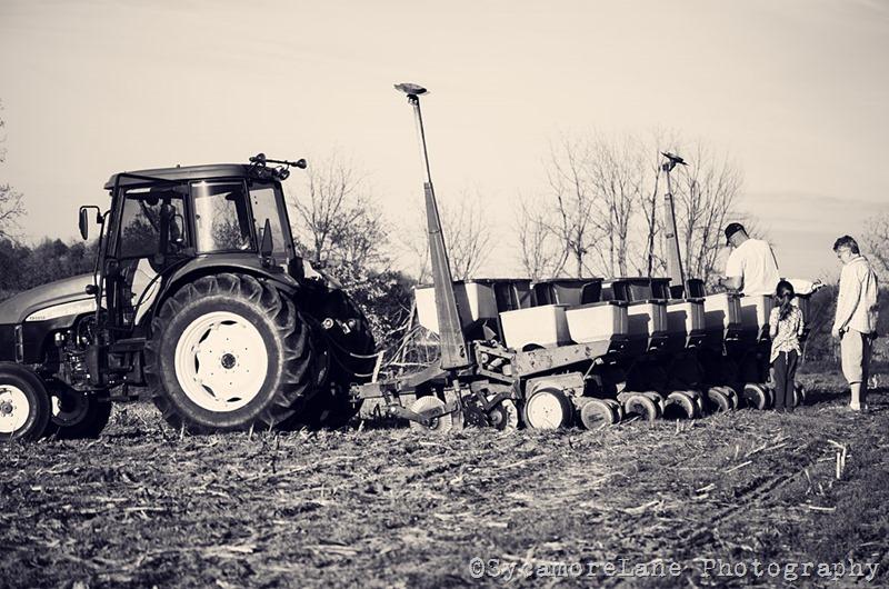 spring planting-1-SycamoreLane Photography