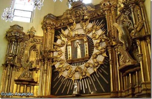 Virgen de la Paloma - Barrio de la Latina - Madrid
