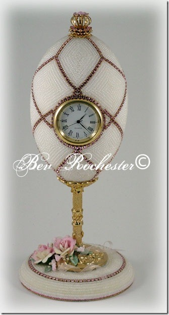 Bev-Rochester-Beaded-goose-egg-clock