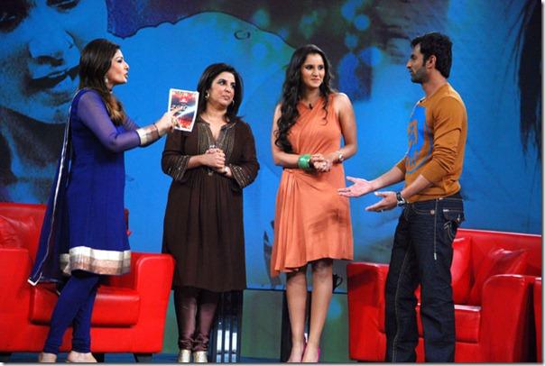 """Shoaib Malik and Sania Mirza on Raveena's show """"Isi ka Naam Zindagi Hai""""13"""