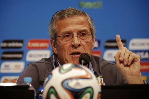 Óscar Tabárez seguirá al frente de Uruguay hasta Rusia 2018
