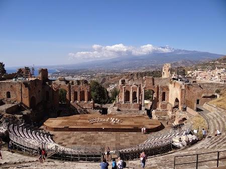 14. Teatrul grec din Taormina.JPG
