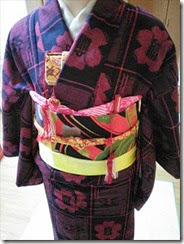 子供の作り帯を着付けて (3)