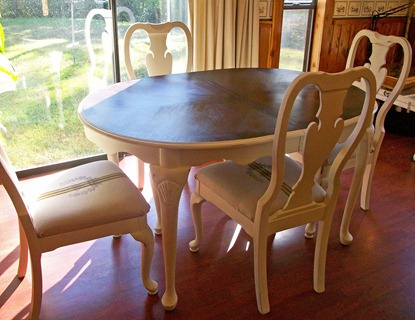 frenchtablechairs2_edited-1