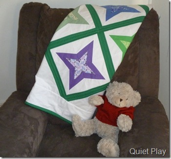 Diamond star quilt with teddy