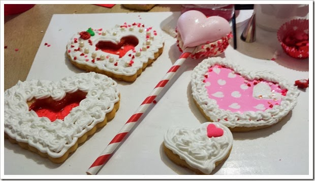 Valentine's Day Decorated Cookies-114238