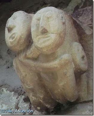 San Esteban de Eusa - canecillo